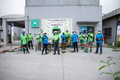 Tree-planting-demonstration-in-plant-00000003